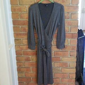 Banana Republic wrap dress in a size Medium